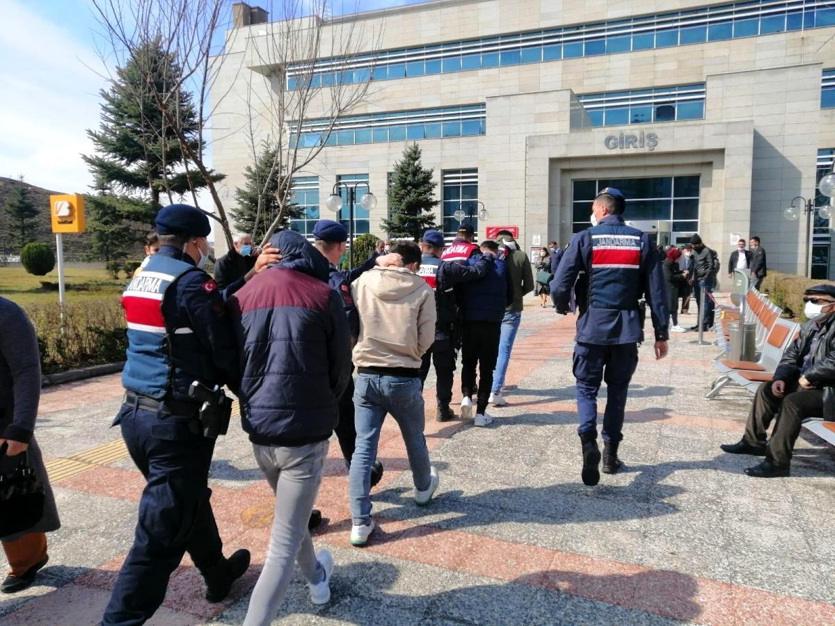 Ankara da kaçakçılık, uyuşturucu ve hırsızlık operasyonları: 23 gözaltı