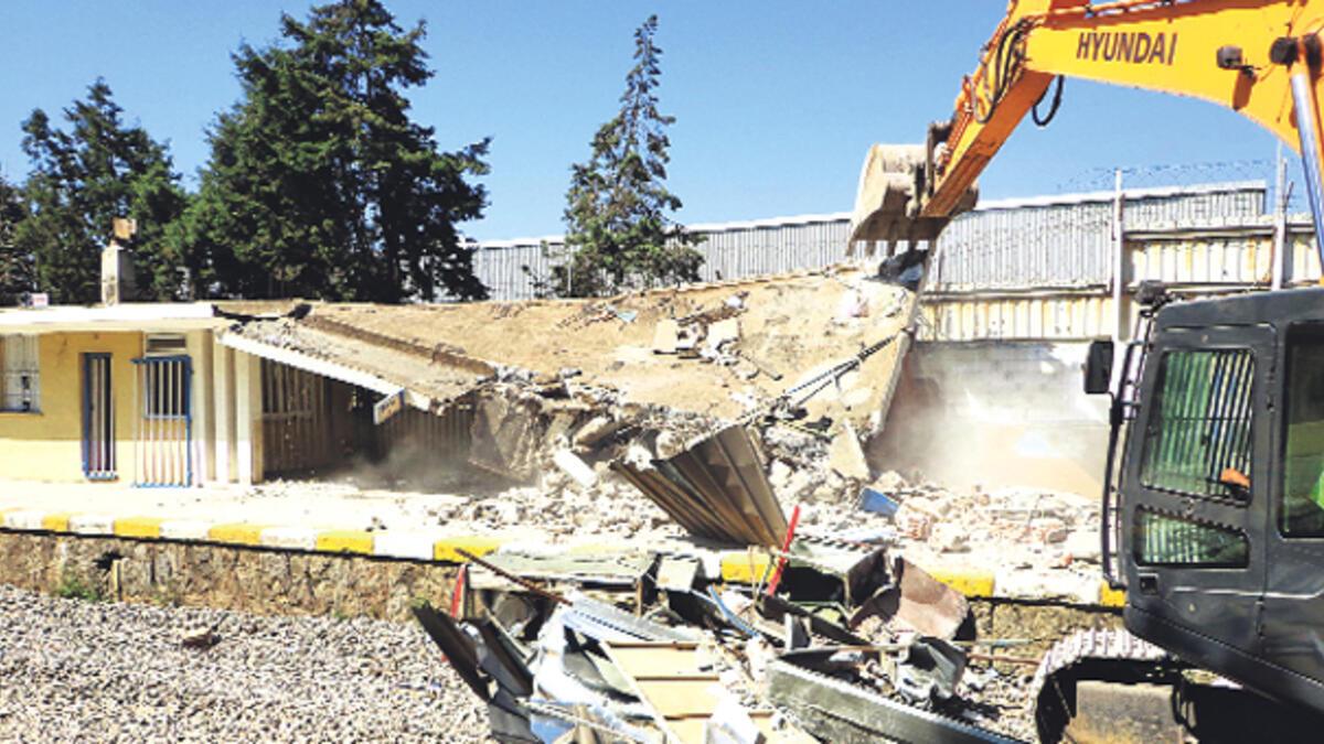 Çevre ve Şehircilik Bakanlığı 'yıkım yönetmeliği' hazırlayacak