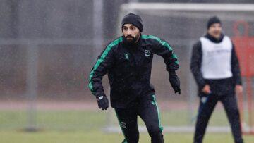 Hannover 96 Mehmet Ekici ile yolları ayırdı