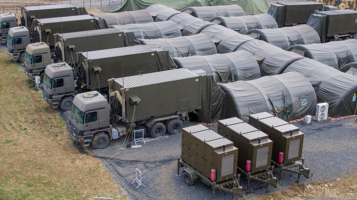 15 dakikada yüksek güvenlikli mobil askeri üs kuruluyor