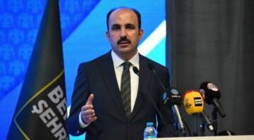 AKP'li başkan konuştu, esnaf topa tuttu