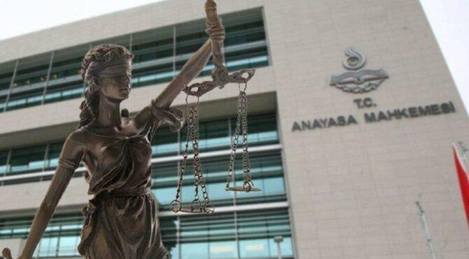 Anayasa Mahkemesi'nden FETÖ kararı