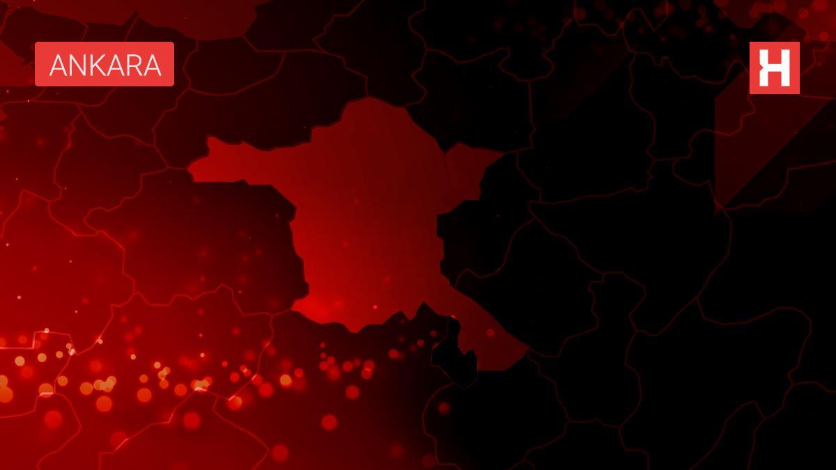 Ankara nın Çubuk ilçesinde 3 otomobil çarpıştı: 3 yaralı