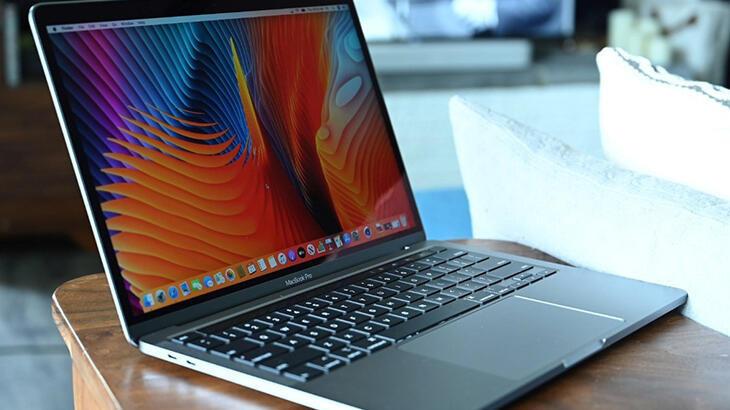 Apple'dan yeni MacBook Pro hamlesi: M2 işlemcisi göründü!