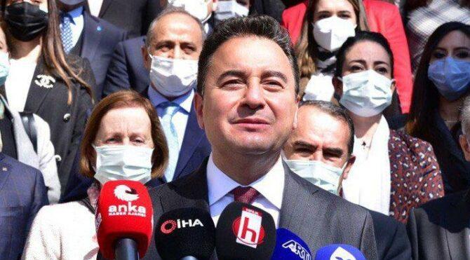 Babacan Birinci Meclis'in önünde konuştu: Soru soran bir Türkiye istiyoruz