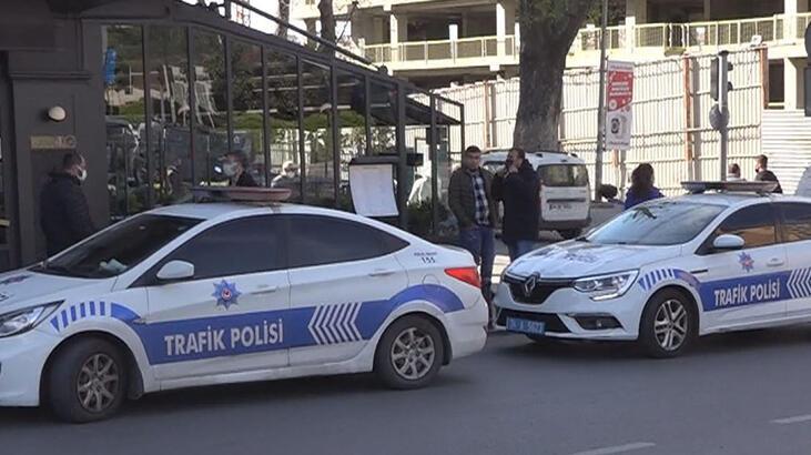 Beyoğlu'nda panik! Bankaya girdi, bıçakla saldırdı