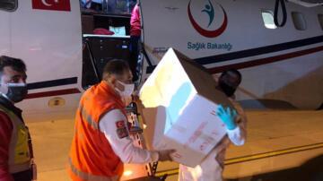 Cumhurbaşkanı Yardımcısı Oktay: KKTC'ye 40 bin doz ilave aşı gönderdik