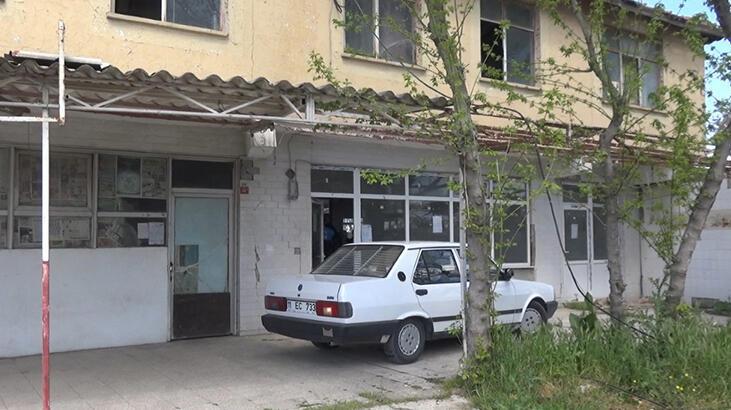 Her şey bu arabayla başladı! Binanın önüne çekip yıkımı engellemek istedi