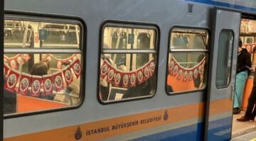 İstanbul'da metro ve tramvaylar, 23 Nisan için süslendi