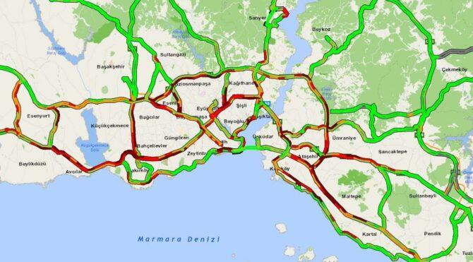 İstanbul'da 'tam kapanma' trafiği