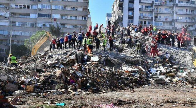 İzmir deprem soruşturması: 22 kişiye gözaltı kararı