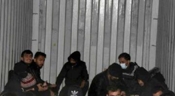İzmir'de 91 kaçak göçmen böyle bulundu