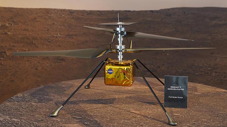 NASA Ingenuity'den ilk renkli Mars fotoğrafını paylaştı