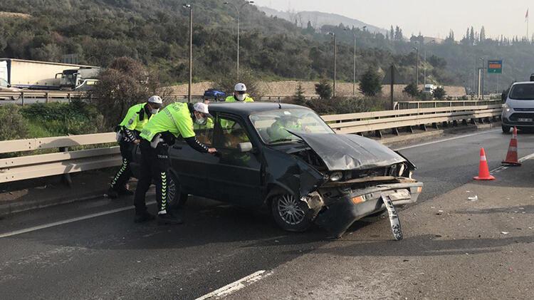 Son dakika… Kocaeli'de zincirleme kaza! 7 araç birbirine girdi