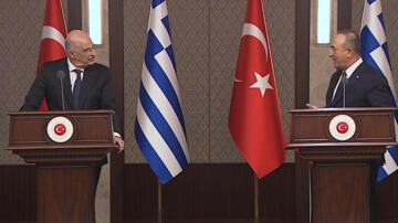 Son dakika: Yunanistan ile kritik görüşme! Çavuşoğlu'ndan flaş açıklamalar