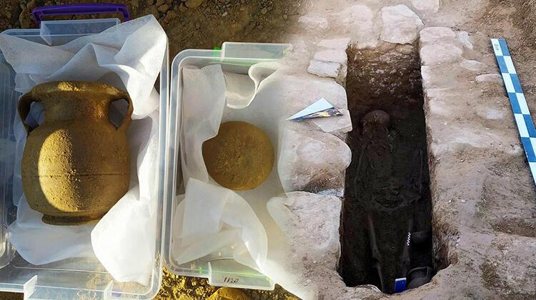 Traktörünün pulluğuna taş takıldı! Lahit mezar ortaya çıktı