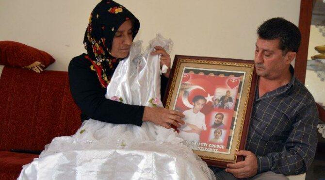 Bu anne kayıp kızı için 13 yıldır ağlıyor