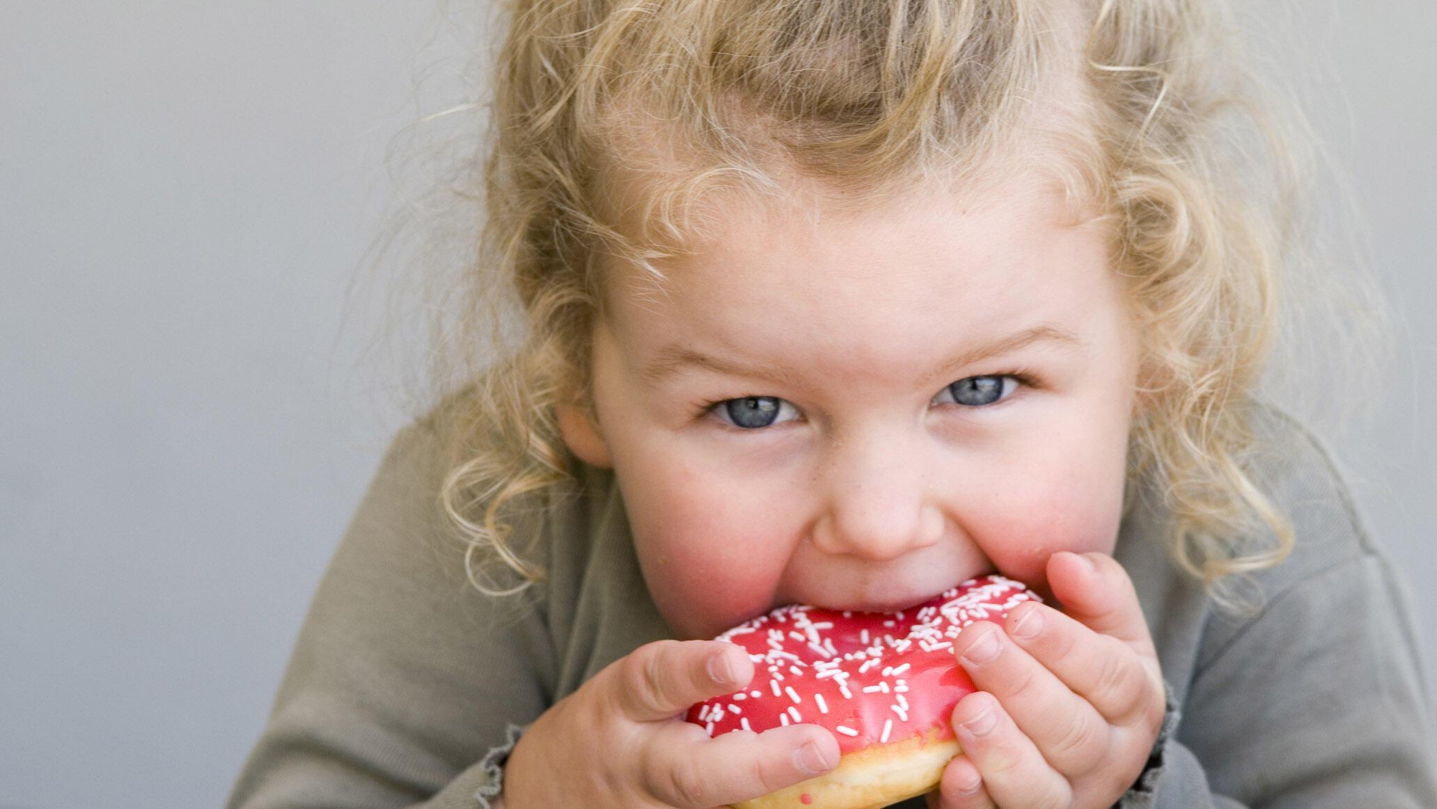 Çocukları şekerden korumak için neler yapmalıyız?