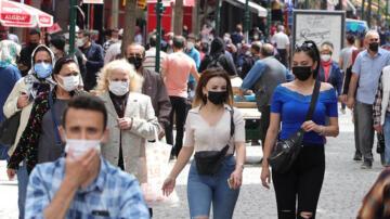 Eskişehir'de 'tam kapanma' sonrası sokaklar doldu taştı