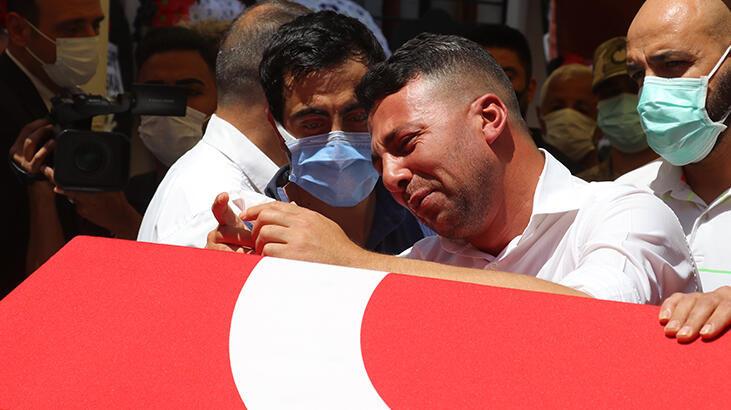 Şehit uzman çavuş Mehmet Kırmızı, Adana'da son yolculuğuna uğurlandı