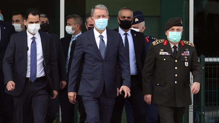 Son dakika… Bakan Akar ve Genelkurmay Başkanı Orgeneral Güler Libya'ya gitti