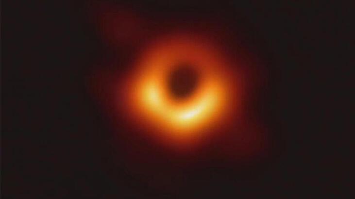 100'den fazla kara delik bulundu: Yıldız kümesini işgal edecek