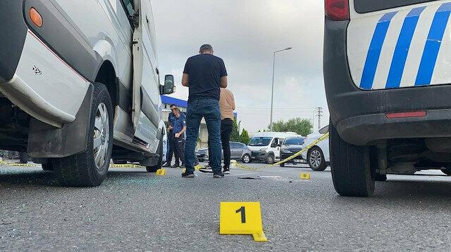 Bir ay önceki yol kavgası silahlı saldırı ile bitti: 4 kişi yaralandı
