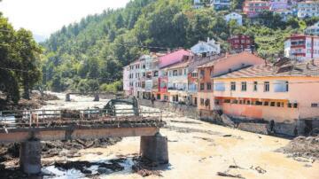 Taşkın felaketinde 'köprü' tartışması