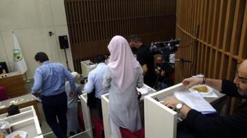 AK Parti'li meclis üyelerinden Tanju Özcan'a 'anı' tepkisi! Salonu terk ettiler