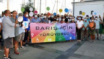 Dünya Barış Günü yürüyüşüne polis engeli