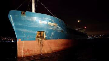 İstanbul Boğazı'nda 2 kuruyük gemisi çarpıştı