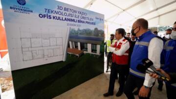 İBB robotu Türkiye'nin ilk 3D binasını inşa etti